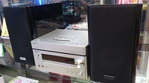 iPodドック付きCDコンポ