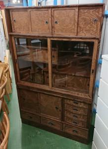 豊田市のリサイクルショップ 家具/レトロ食器棚の高価買取ならリサイクルマートエコパーク豊田店