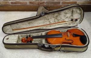 高浜市・碧南市・刈谷市・半田市・安城市の楽器/バイオリンの買取ならリサイクルマートエコパーク高浜店